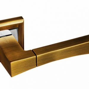 Ручка фалевая на квадратной накладке Palidore 201
